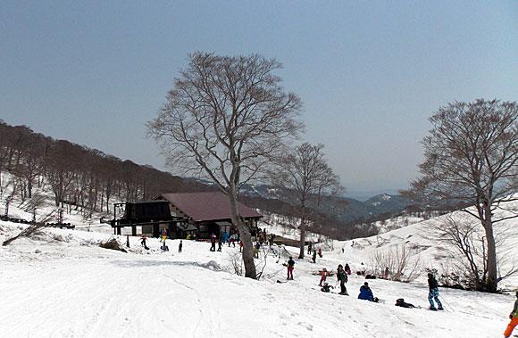 月山スキー場・リフト乗り場