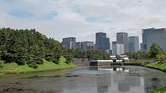 桜田門と皇居のお堀