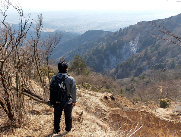 神奈川県伊勢原市・大山登山「見晴台に向けて出発」
