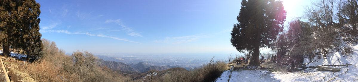 神奈川県伊勢原市・大山登山「大山山頂からの風景(パノラマ)」