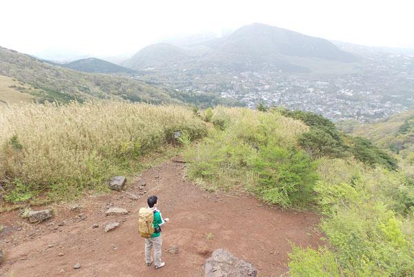 金時山登山「大岩からの景色」