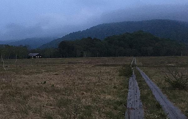 陽が暮れた後の龍宮小屋