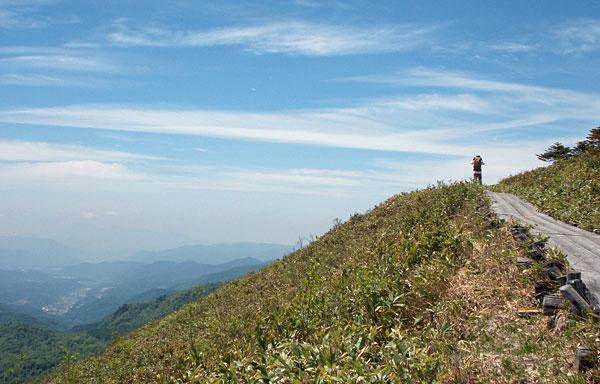 尾瀬登山・富士見峠からアヤメ平へ向かう