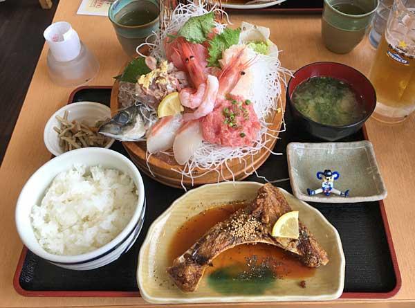 清水港・ととすけで日替わりお刺身定食を食べてきましたよ!