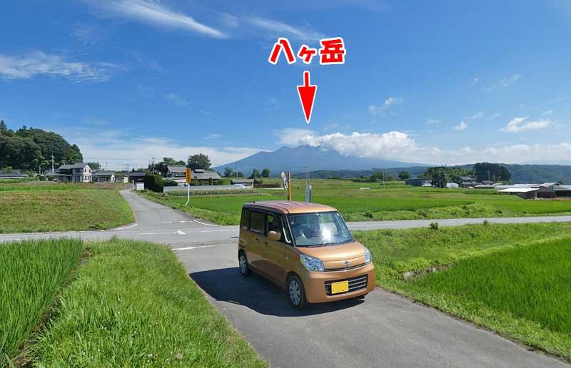 尾白川渓谷に行く緒中で寄り道!八ヶ岳をバックに愛車を撮影!