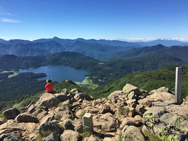 燧ケ岳登山・俎嵓(まないたぐら)の山頂