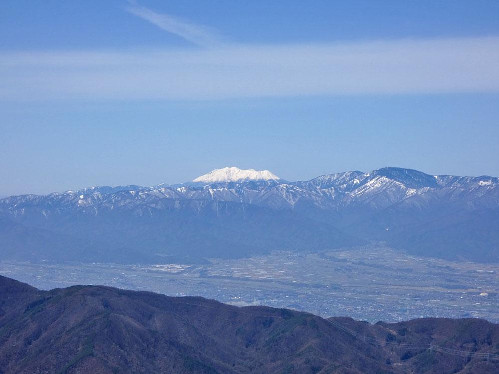 美ヶ原・王ヶ鼻から御嶽山を望む