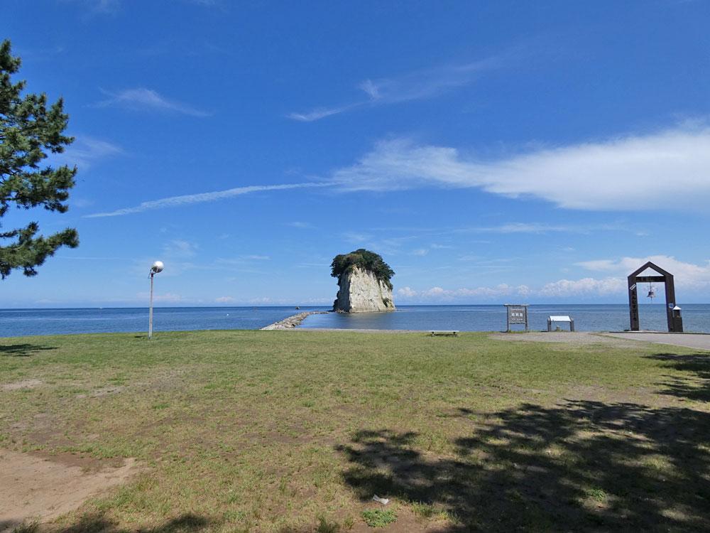 石川県・能登半島 見附島(軍艦島)へ旅行探検してきました!