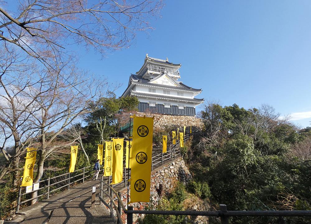 岐阜城と永楽銭の旗印