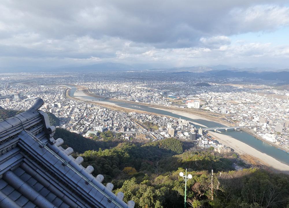 岐阜城「望楼の間」からの眺望